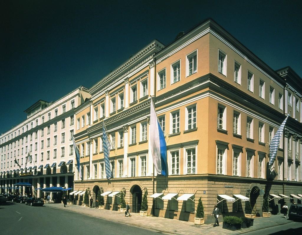 Hotel Bayerischer Hof in München - Außenansicht