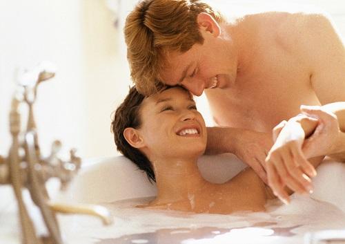 Hotelzimmer mit whirlpool luxus pur for Hotel mit whirlpool im zimmer hessen