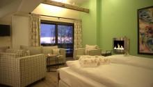 Luxuriöse Wellness Suite im Hotel Gut Schmelmerhof im Bayerischen Wald