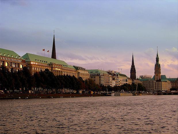 Alstersee bzw. Binnenalster in der Hansestadt Hamburg