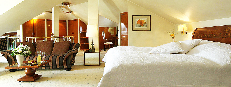 Exklusive Penthousesuite in der luxuriösen Villa Hammerschmiede