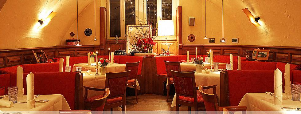 """Feinschmeckerrestaurant und die """"Guten Stuben"""" in der Villa Hammerschmiede"""