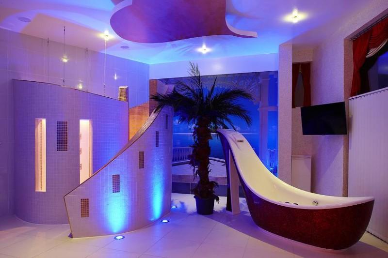 Extravagantes Badezimmer der exquisit ausgestatteten Diamond Deluxe Suite