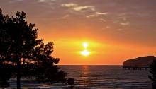 Romantischer Sonnenuntergang an der Ostsee auf Rügen